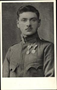 Foto Ak Soldat Österreich KuK 1.Weltkrieg, Portrait, Orden