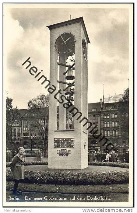 Berlin-Mitte - Der neue Glockenturm auf dem Dönhoffplatz - Foto-AK
