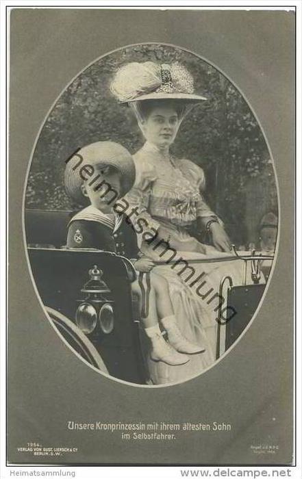 Kronprinzessin Cecilie von Preussen mit ihrem ältesten Sohn Prinz Wilhelm