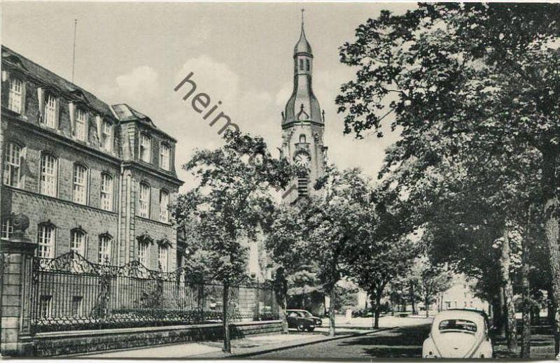 Saarlouis - Landratsamt und ev. Kirche - Verlag Ludwig Pieper Saarlouis