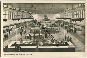 Berlin - Weihnachtsmarkt am Funkturm 1951 - Foto-Ansichtskarte