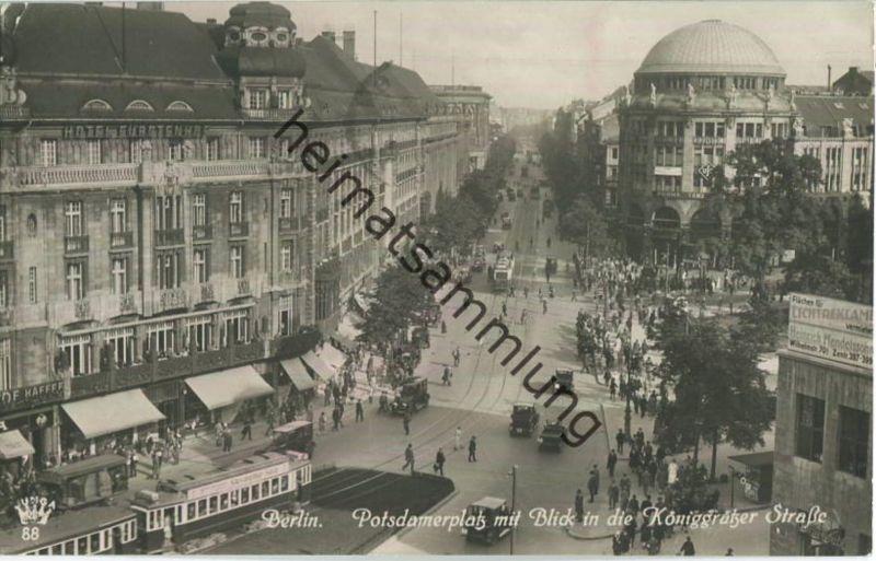 Berlin - Potsdamer Platz - Blick in die Königgrätzer Strasse - Strassenbahn - Foto-Ansichtskarte