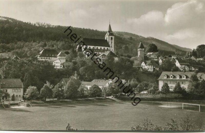 Gernsbach - Kath. Kirche - Storchenturm - Sportplatz - Foto-AK 60er Jahre - Verlag Schöning & Co Lübeck