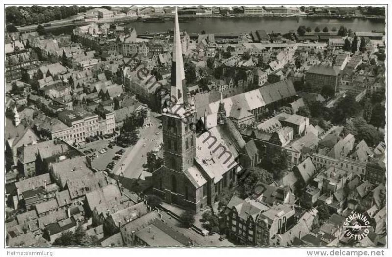 Lübeck - Jakobikirche - Luftaufnahme - Foto-AK 50er Jahre