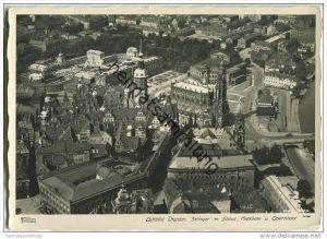 Dresden - Luftbild - Zwinger - Schloss - Hofkirche - Opernhaus - Foto-AK