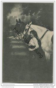 junge Frau mit zwei Pferden ca. 1910