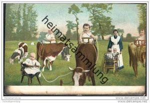 Humor - Kinder - Kühe - Kinderwagen - Trinkschläuche