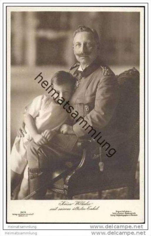 Kaiser Wilhelm mit seinem ältesten Enkel
