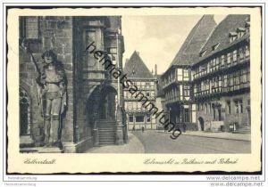 Halberstadt - Holzmarkt und Rathaus mit Roland