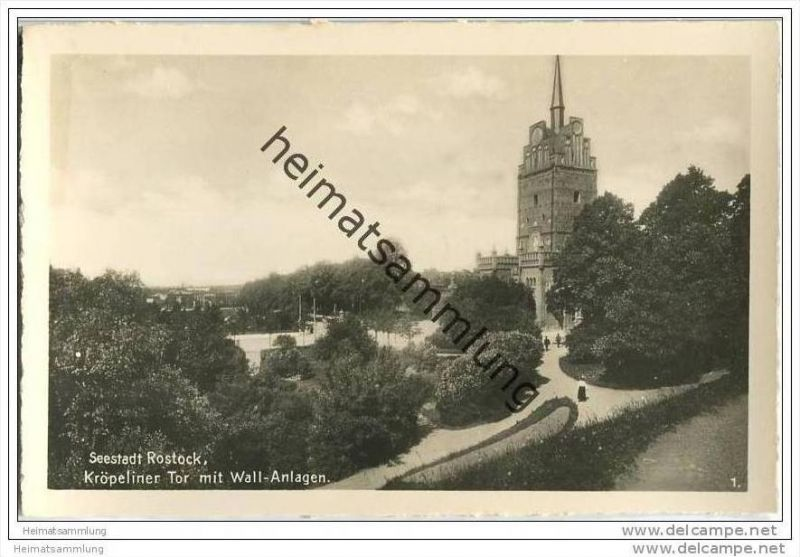 Seestadt Rostock - Kröpeliner Tor - Wall-Anlagen - Foto-AK 0