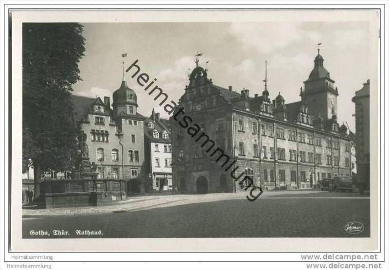 Gotha - Rathaus - Brunnen - Foto-AK 0