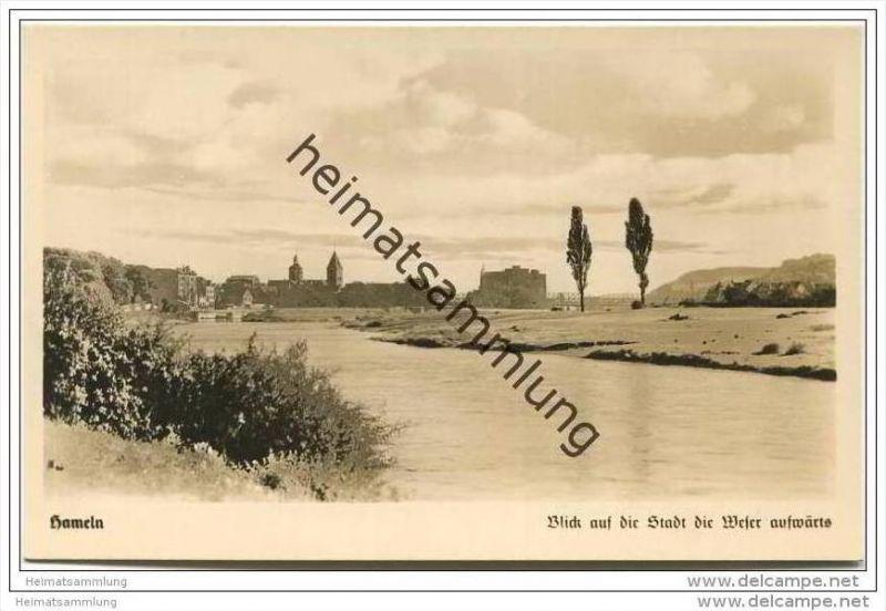 Hameln - Blick auf die Stadt die Weser aufwärts - Foto-AK 1959