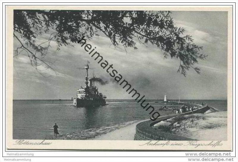 Osternothafen - Ankunft eines Kriegsschiffes ca. 1930