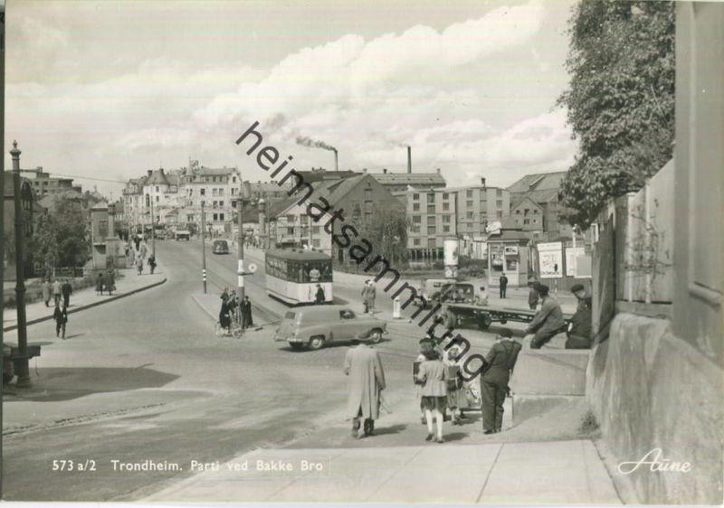 Trondheim - Parti ved Bakke Bro - Straßenbahn - Foto-Ansichtskarte 50er Jahre - Verlag Knut Aune Trondheim