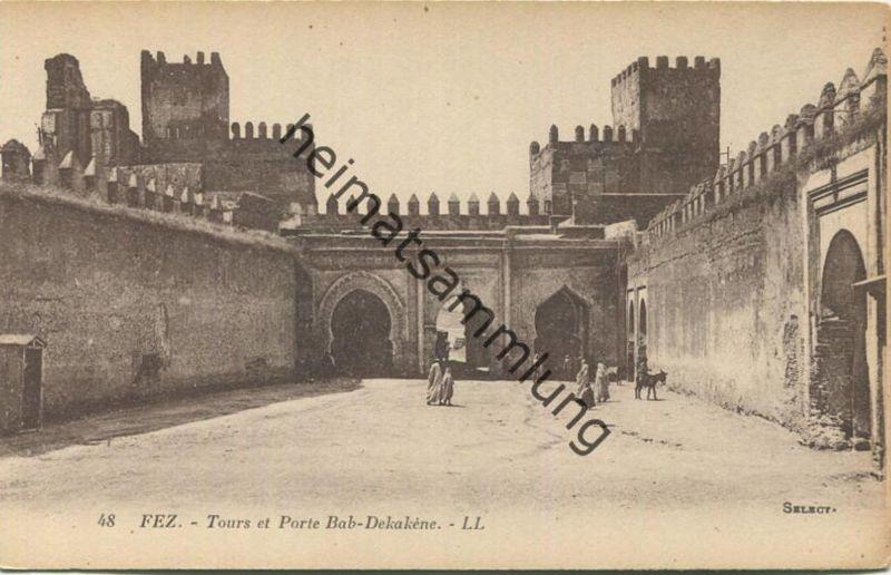 Fez - Tour et Porte Bab-Dekakene