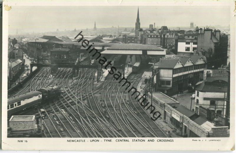 Newcastle upon Tyne - Station and Crossings - Foto-Ansichtskarte