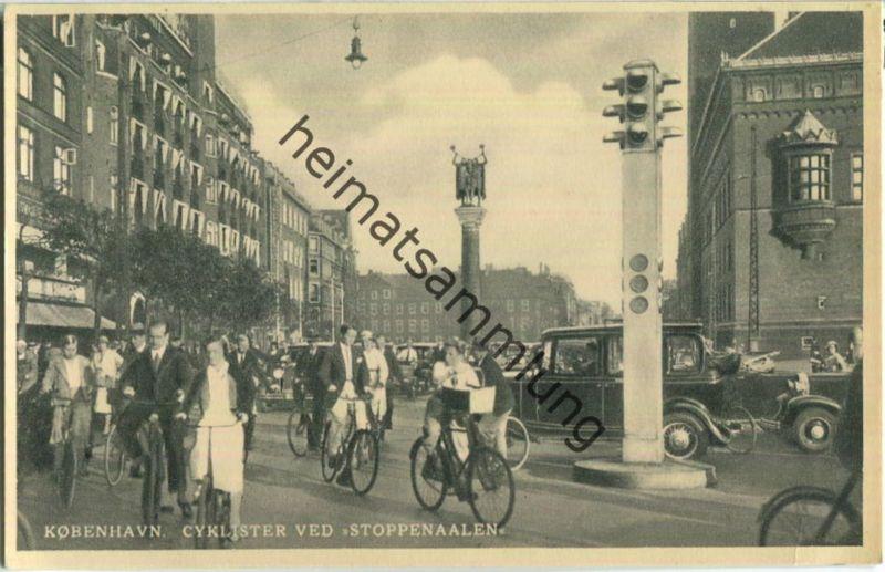 Kobenhavn - Cyklister ved Stoppenaalen