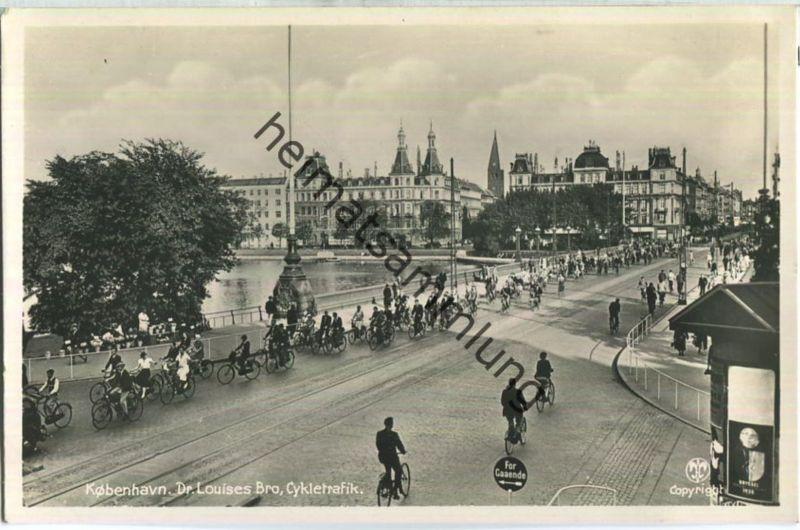Kobenhavn - Dr. Louises Bro - Cykletrafik - Alex. Vincent's Kunstforlag Kobenhavn