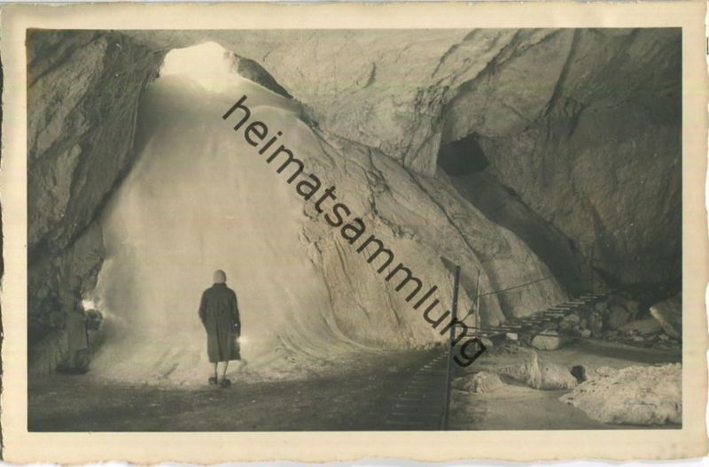 Eisriesenwelthöhle bei Salzburg - Glocke im Odinsaal - Verlag P. Ledermann Wien 1930