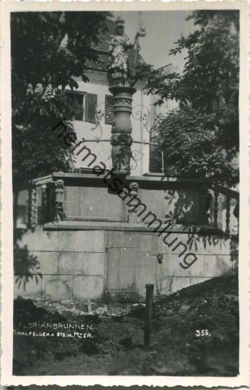 Saalfelden - Florianbrunnen - Foto-Ansichtskarte - Verlag Adolf Wirthmiller Saalfelden 1941