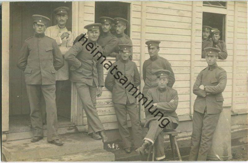 Soldaten im Lager Hammelburg - Foto-Ansichtskarte - Grüsse aus dem Lager