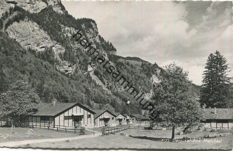 Melchtal - Barackendorf - Kindervacantie der Christelijke Mutualiteiten - Foto-AK - Verlag Engelberger Stans gel. 1951