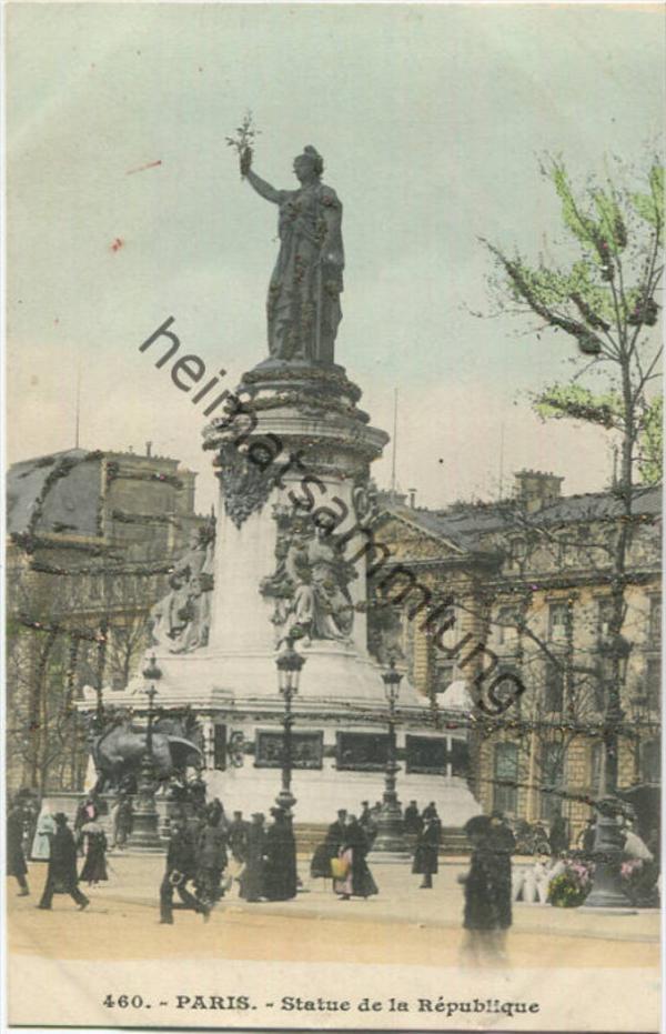 Paris - Statue de la Republique