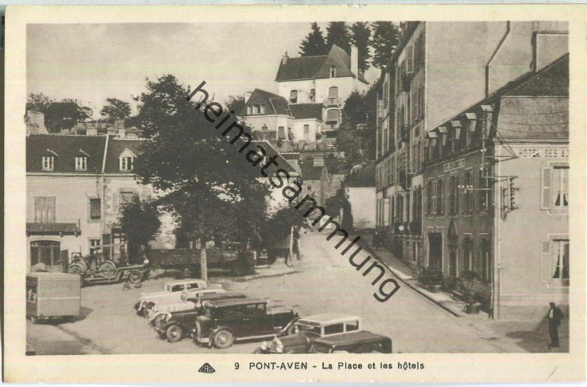 Pont-Aven - La Place et les hotels - Edition Cie des Potomecaniques Strasbourg-Schiltigheim