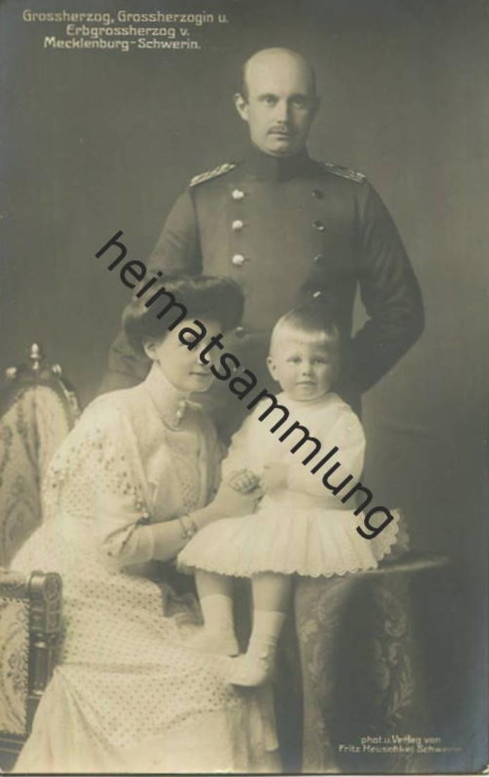 Großherzog Großherzogin und Erbgroßherzog von Mecklenburg-Schwerin - Verlag Fritz Heuschkel Schwerin 0