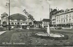 Basel - Bundesbahnhof - Foto-AK - Verlag Gebr. Frey Basel gel. 1954