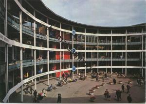Basel - Schweizer Mustermesse - Teilansicht Innenhof Hallen 10-21 - AK Grossformat - Verlag E. Zimi Emmenbrücke