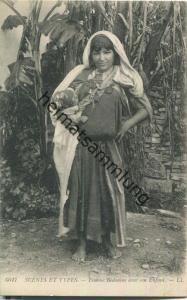 Scenes et Types - Femme Bedouine avec son Enfant