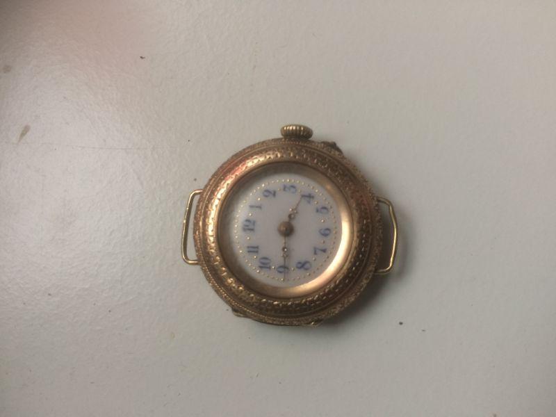 Damentaschenuhr 585erGold der Staubdeckel Innendeckel ist auch aus 585 Gold