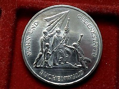 2 x Top Münze DDR von 1972 : 2 x 10 Mark, BUCHENWALD , ss+ - vz