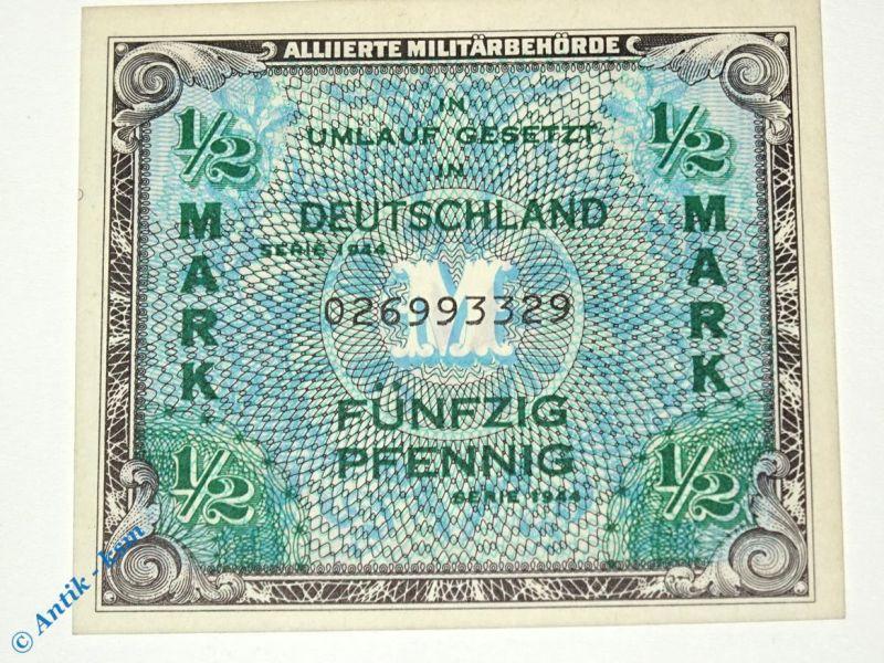 Banknote über 1 halbe Mark , Rosenberg 200 a , US-Druck , Alliierte 1944 kfr/unc