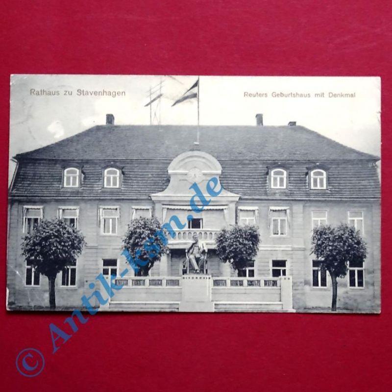 Postkarte Ansichtskarte Stavenhagen, Motiv: Das Rathaus, gelaufen 1912