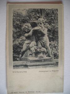Alte AK Würzburg Kindergruppe im Hofgarten um 1910 [104]