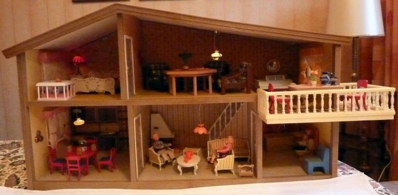 LUNDBY – Puppenhaus, Puppenstube, 70er Jahre, eingerichtet, beleuchtet