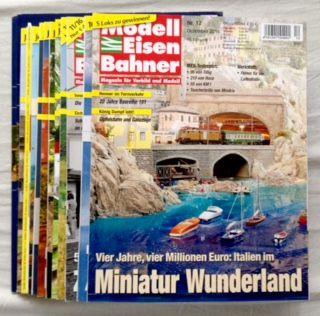 Wolfgang, Schuhmacher (Hg.) und Bahn GmbH Verlagsgruppe: Modelleisenbahner. Magazin für Vorbild und Modell - fast vollständiger Jahrgang 2016, 11/12 (August fehlt) mit zwei ZUGABEN: Modellbahn Schule Nr. 33 + 34 (13 Hefte zusammen).
