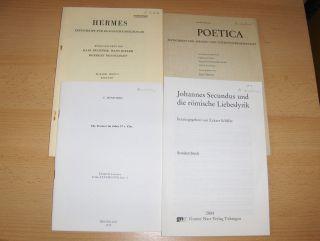 """KONVOLUT VON 4 HEFTE RÖMISCHE / LATEINISCHE PHILOLOGIE (DEUTSCH.) : Marion Lausberg """"Mimetisches bei Johannes Secundus"""" aus Johannes Secundus und die römische Liebeslyrik, G. Narr, 2004 S.11-30 // E. Mensching """"Die Treverer im Jahre 57 v..."""