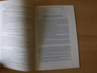 Schindel *, Ulrich: ARCHAISMUS ALS EPOCHENBEGRIFF: ZUM SELBSTVERSTÄNDNIS DES 2. JHS. - Aus HERMES - ZEITSCHRIFT FÜR KLASSISCHE PHILOLOGIE. + 3 AUTOGRAPH *. Sonderdruck - Estratto - Tire a part. 122 Bd., 3. Quartal, Heft 3.