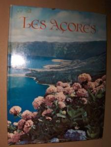 """Marjay, Frederic P.: LES ACORES """"ARCHIPEL MYSTIQUE"""". Texte et Realisation Artistique."""