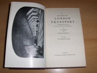 Barker, T.C. and Michael Robbins: A HISTORY OF LONDON TRANSPORT - The Nineteenth Century *. PASSENGER TRAVEL AND THE DEVELOPMENT OF THE METROPOLIS.