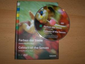 Bräutigam, Uwe und Alexander Ribowski: Farben der Sinne - Gelebte Rituale in Tibet / Colours of the Senses - Living Rituals in Tibet. Mit / with DVD Video.