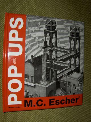 McCarthy, Courtney Watson: M.C. Escher * POP-UPS. (Pop-Up)