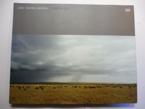 Leong, Sze Tsung, Charlotte Cotton / Duncan Forbes and Pico Iyer: HORIZONS *. With Essays.