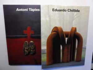 Messer, Thomas M. und Christoph Vitali: Eduardo Chillida / Antoni Tapies. SCHIRN KUNSTHALLE 1993. 2 Bände in BOX-SCHUBER.