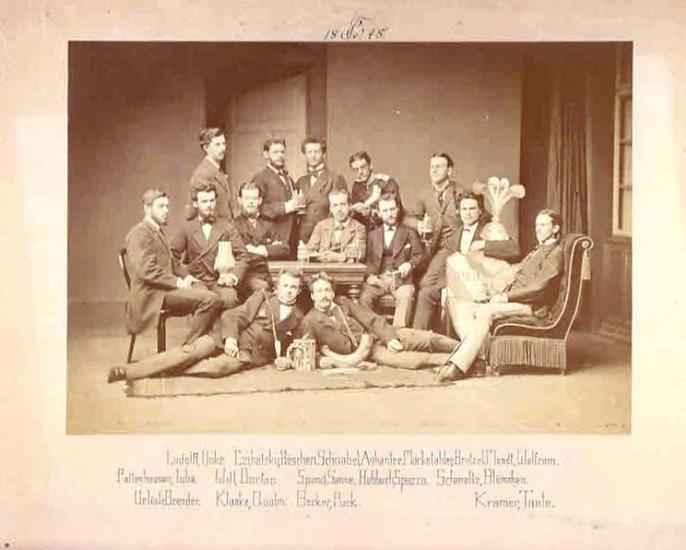 Photografie: Originalfotografie einer Studentenschaft. 0