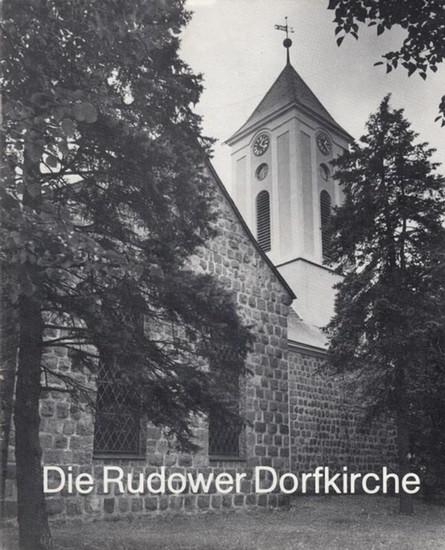 Berlin Rudow. - Pfarrer Nitsch, Volker. - Die Rudower Dorfkirche.