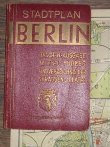 Grieben. - Stilke. - Grieben-Stadtplan Berlin Taschenausgabe mit kleinem Führer und Straßenverzeichnis / Verzeichnis der Strassen und Plätze.